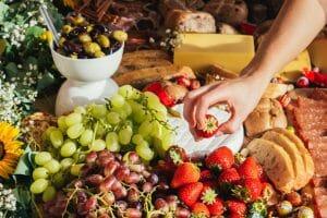 Hambre vs hambre emocional, descubre las diferencias y aprende a identificarlas