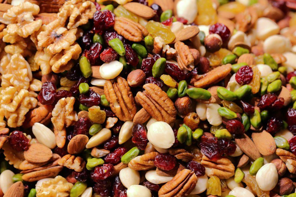 Qué cantidad de frutos secos puedo comer al día